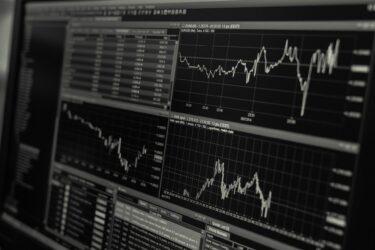 【思考停止でお金が増える】楽天証券でのつみたてNISAの始め方を簡単3ステップで解説